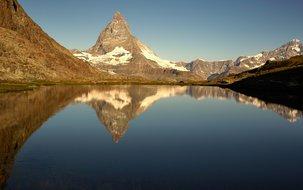 (2'048 x 1'535 px / 2,25 MB) <a href='fileadmin/user_upload/GEX/Bilder/Neue_Bildergalerie_2020/Zermatt_Matterhorn.jpg' download class='dlink'>Download Link</a>